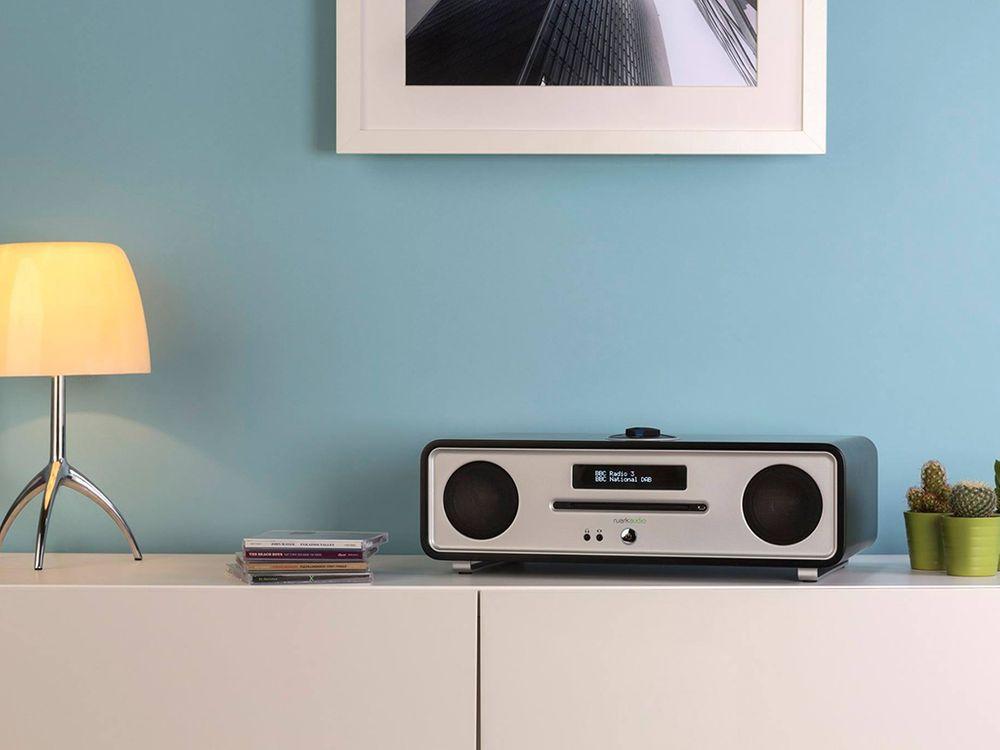 ruark audio r4 mk3 noir radios. Black Bedroom Furniture Sets. Home Design Ideas